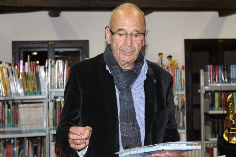Dr. Martin Straub