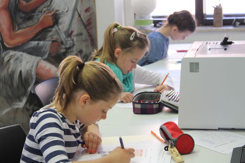 Greizer Lesekönig/In gesucht - Schüler aus der 4. Klasse von Grundschulen der Umgebung, seit 2010